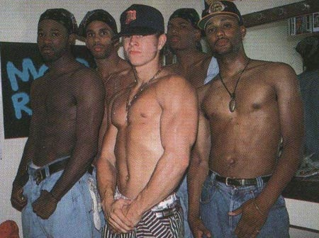 THIS IS WHY TERRORISTS SHOULD BE AFRAID OF MARK WAHLBERG ...