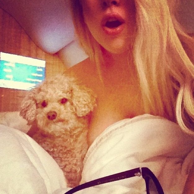 Lady Gaga Naked With Dog