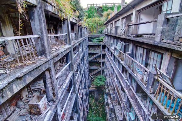 Hashima Battleship Island - Dense Population 2