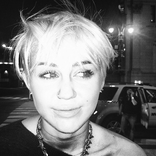 Miley Cyrus New Hairstyle 3