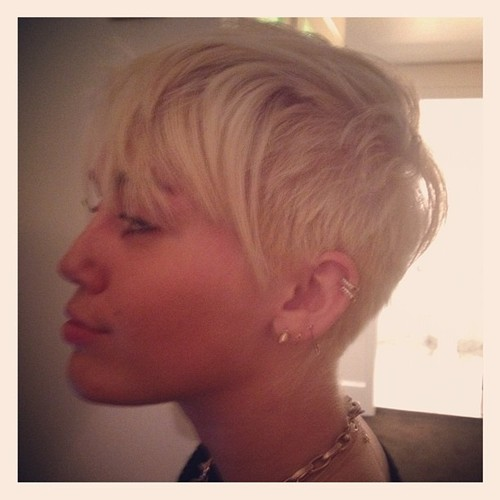 Miley Cyrus New Hairstyle 4