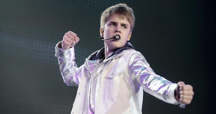 Justin Bieber Throwing Up
