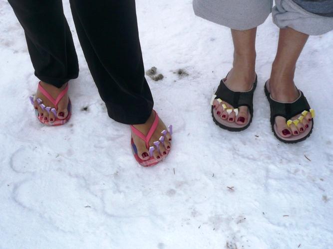 flip flops in winter