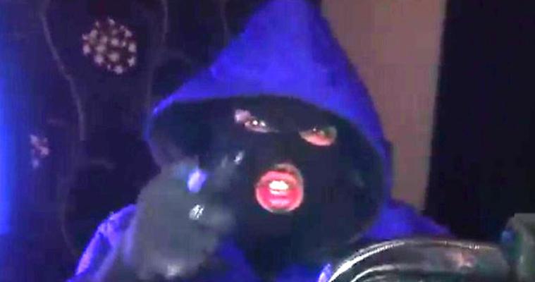 masked thugs amir khan response