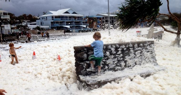 Australian Foam Storm Queensland - Town