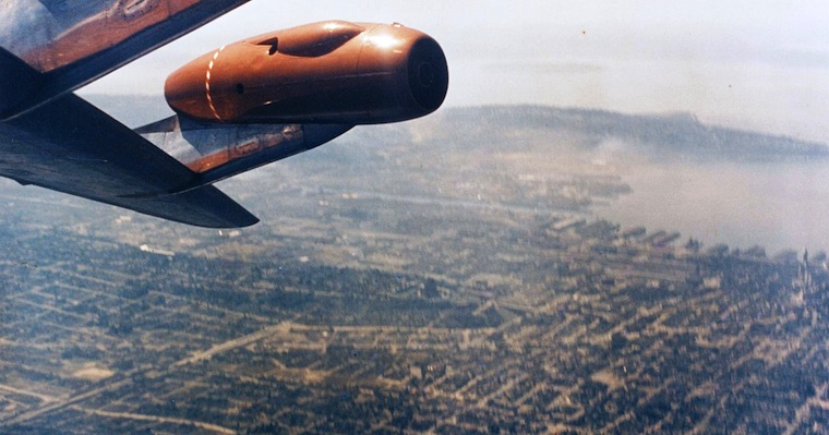 the boeing 707 essay A conclusion to the essay indicates the summary of the essay introduction boeing boeing company was founded in 1916 by 135 stratotanker and boeing 707.