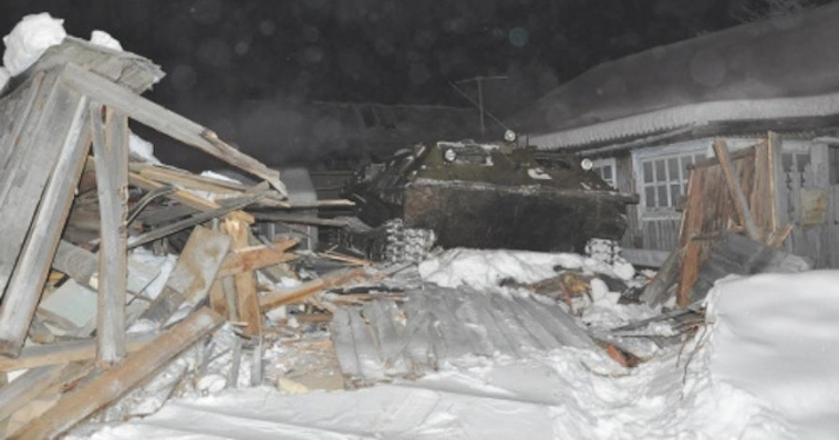 Drunk Russian Drives Tank Into House