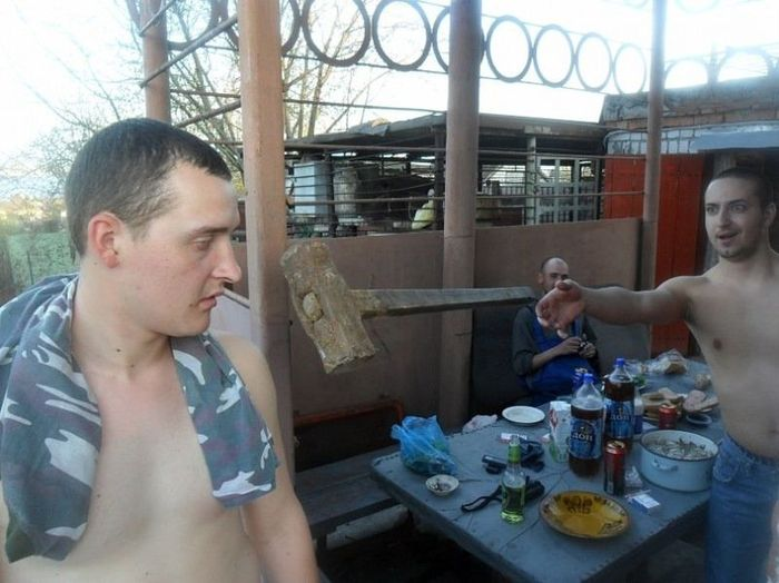 Hilarious Russian Photos - Imminent Hammer