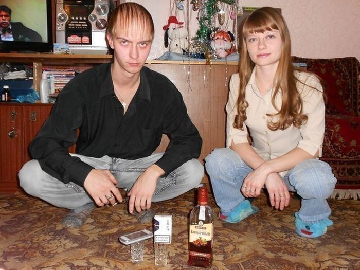 Hilarious Russian Photos - Punching Above His Weight