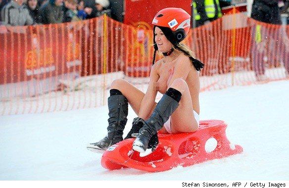 Photos having nude sledding germany