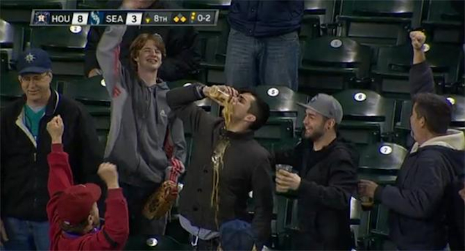 Baseball Fan Catches Baseball In Beer