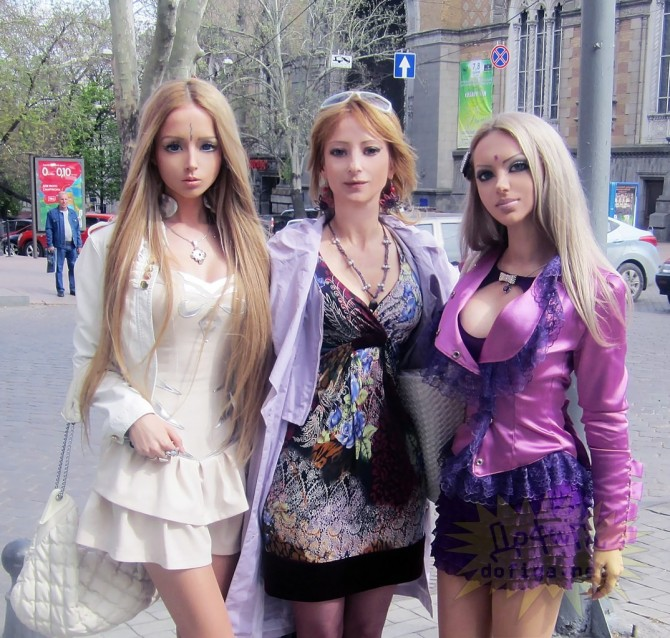 Valeria Lukyanova - Family - Mother And Friend
