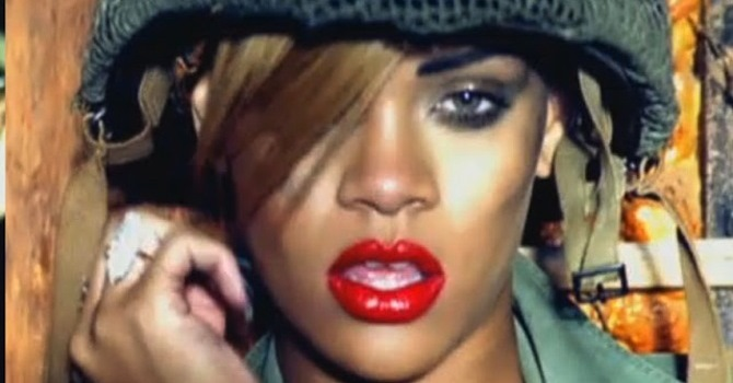 Rihanna Fan Contracts Herpes After Using Rihanna Lipstick ...