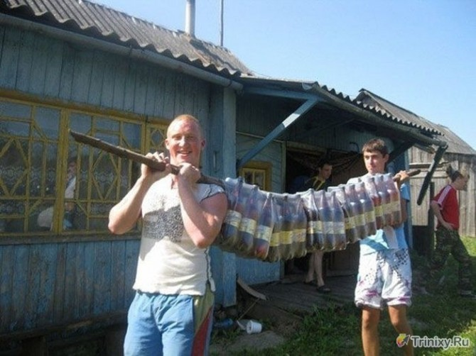 Awesome Photos From Russia With Love - Beer Carrier