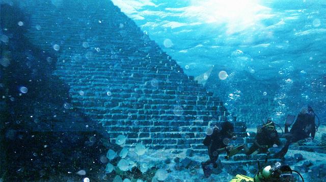 Underwater pyramid 1