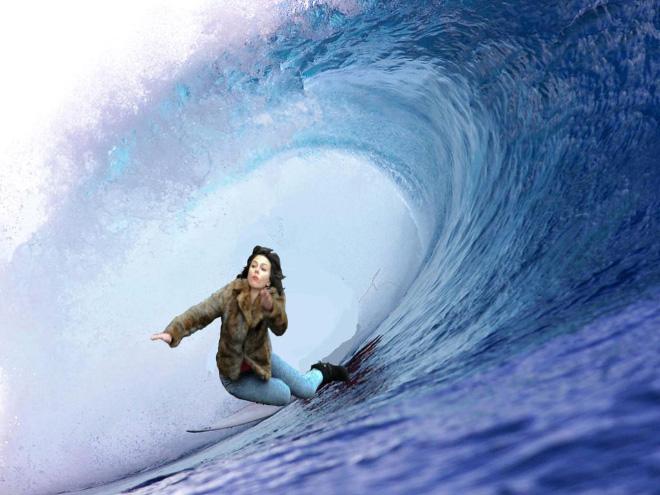 Scarlett Johansson Falling Over Meme 11