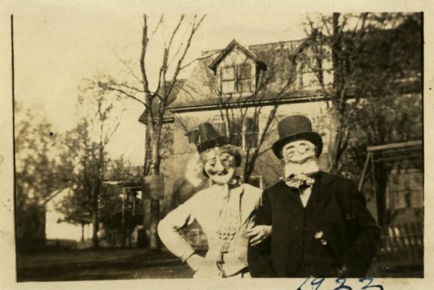 creepy 1 - Halloween Costumes 1900
