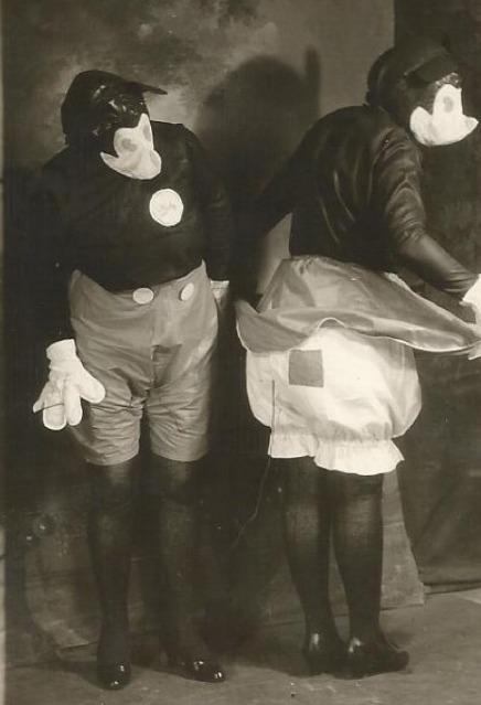 creepy18 - Halloween Costumes 1900