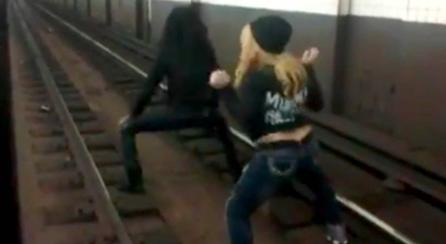 Subway Twerking