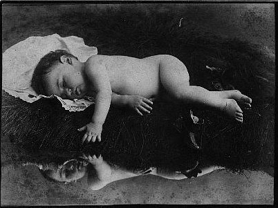 Victorian Death Photos - Momento Mori - Baby 2