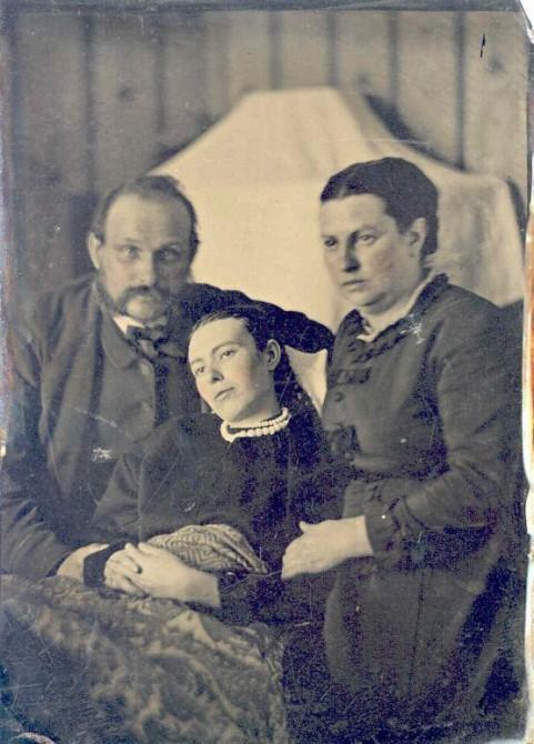 Victorian Death Photos - Momento Mori - Daughter 2