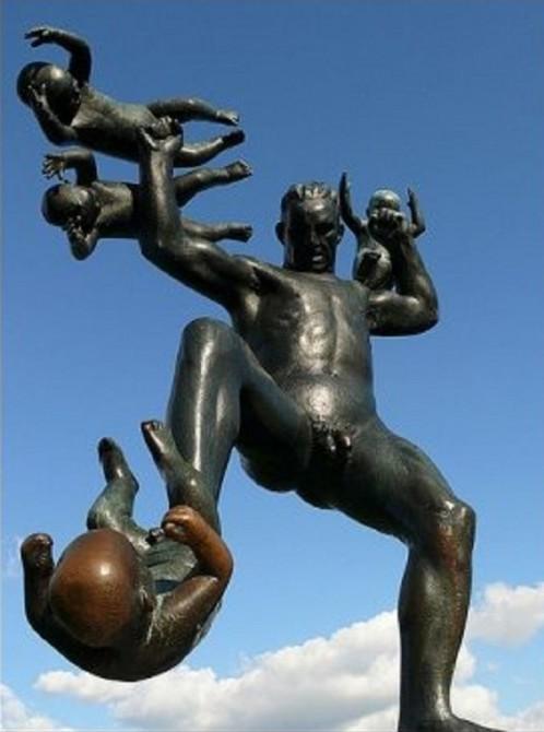 Weird Distrbing Statues - Frogner Park Oslo - Baby Fighter 2