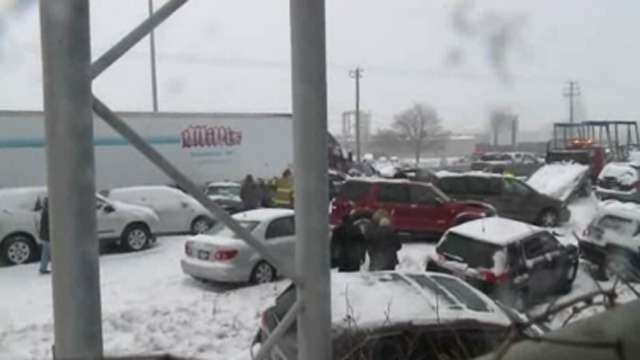 40 Car Pileup Wisconsin
