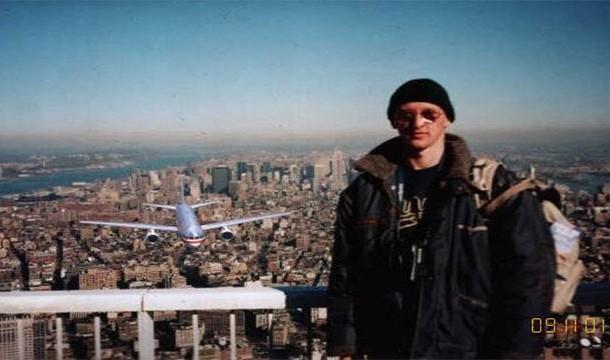 9:11 tourist