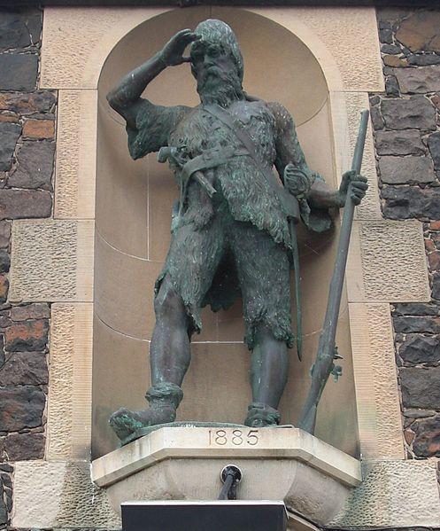 Alexander Selkirk - Statue