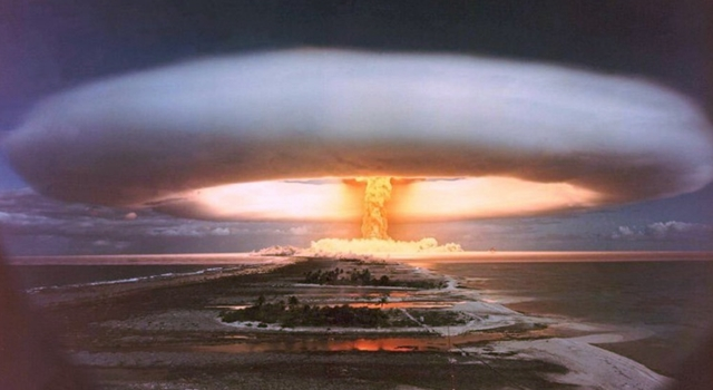 All Nuclear Tests Ever -  Licorne shot from Canopus