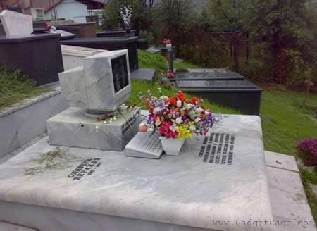 Gravestones Weird -  Computer