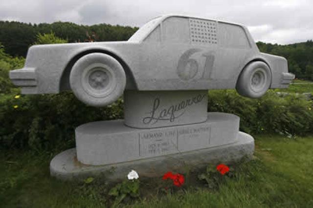 Gravestones-Weird-car