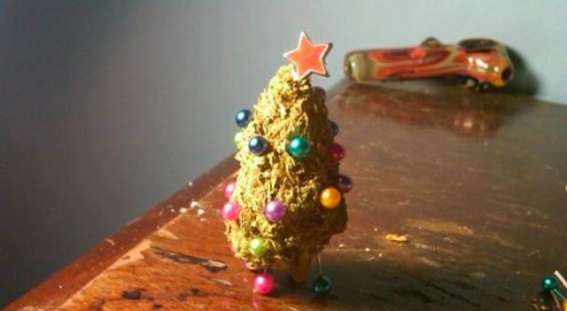 Weed Christmas