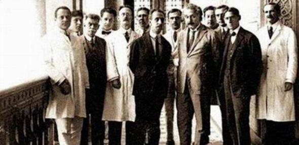 einstein and scientists