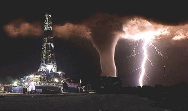 oil rig water spout lightning