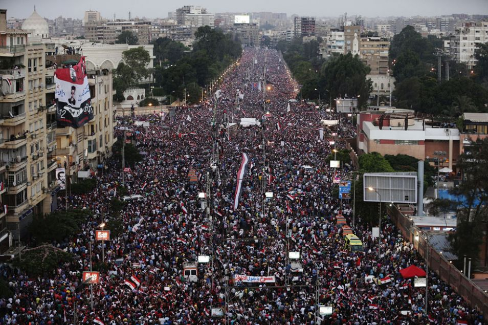 opponents morsi protest in cairo