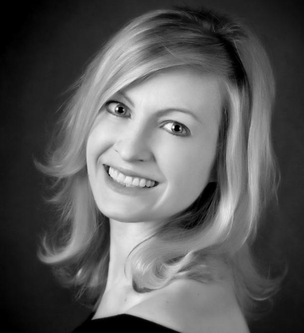 Amy Herbst - Singer - Farts Job 2
