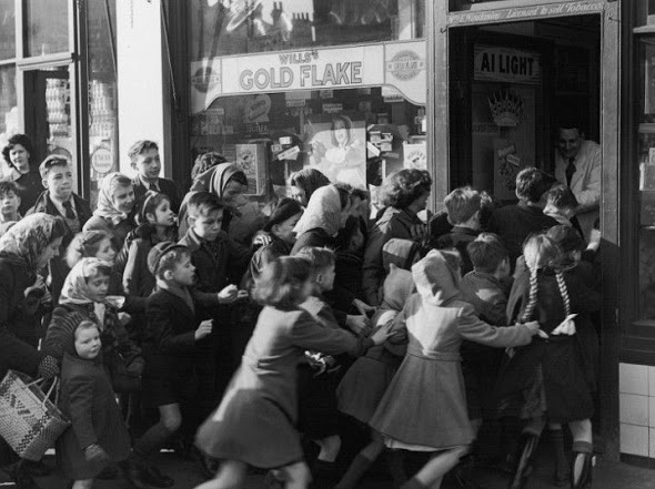 Historical Photos - sweets end of rationing