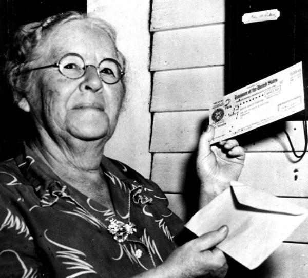 Historyical Photos - Ida Fuller of Vermont