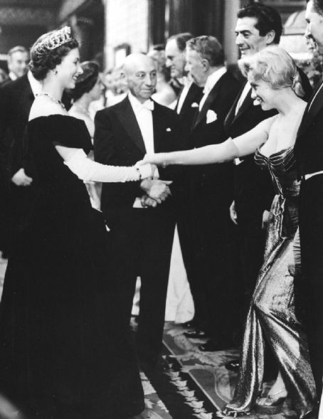 Historyical Photos - Marliyn and Elizabeth 59
