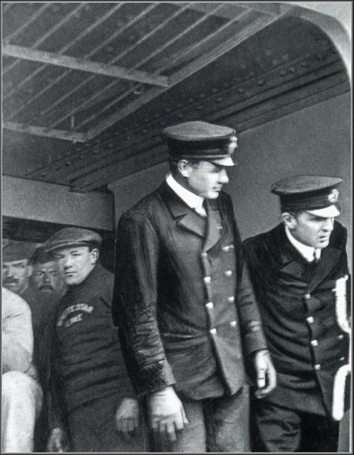 Historyical Photos - Titanic Last Photo