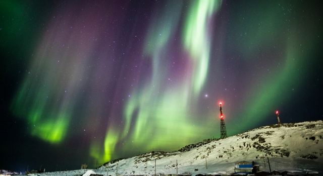 Amazing Pictures From Russia - Teriberka northern lights 2