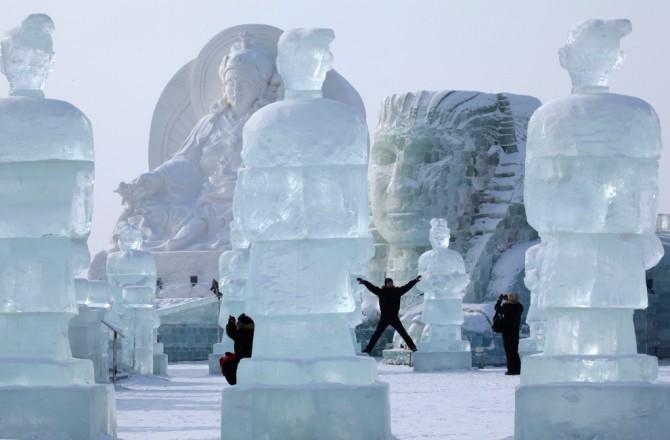 Harbin International Ice and Snow Sculpture Festival - China 5