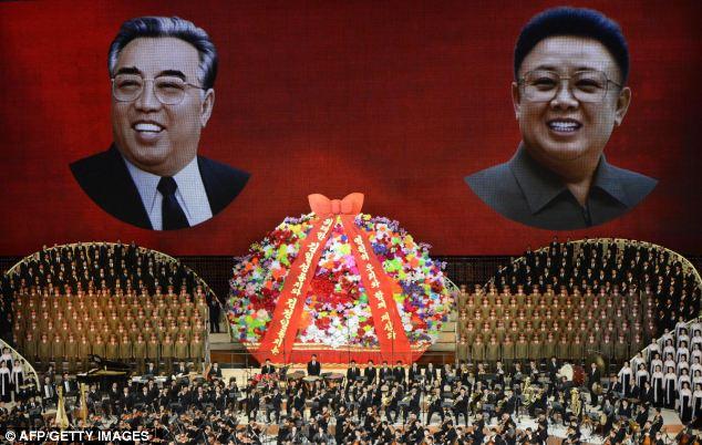 Inside North Korea - UN Report - portrait il and sung 2