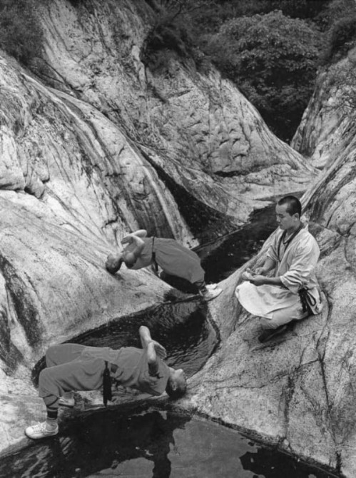 Shaolin Monks Training 11