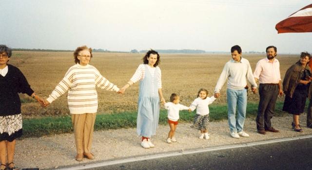 Baltic Way - Human Chain - defiance