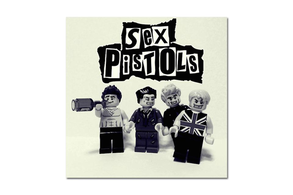 Iconic LEGO Bands 11