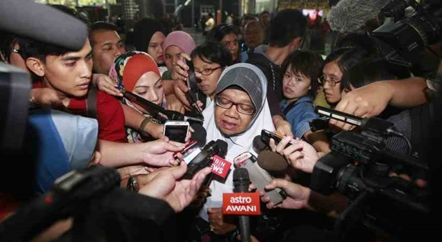 MH370 Conspiracy Malaysia Airlines - interview