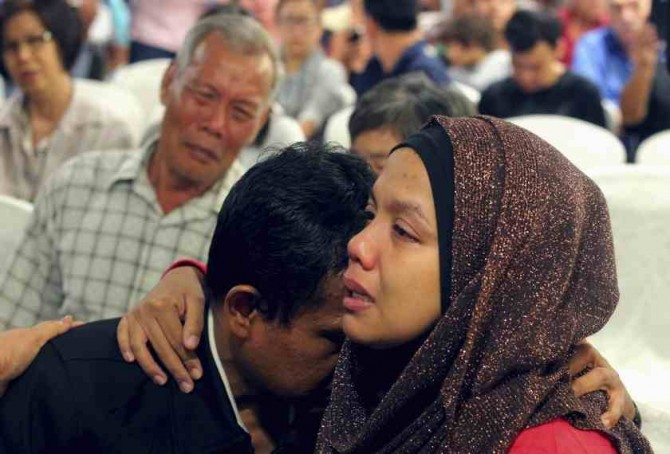 MH370 Conspiracy Malaysia Airlines - mourning