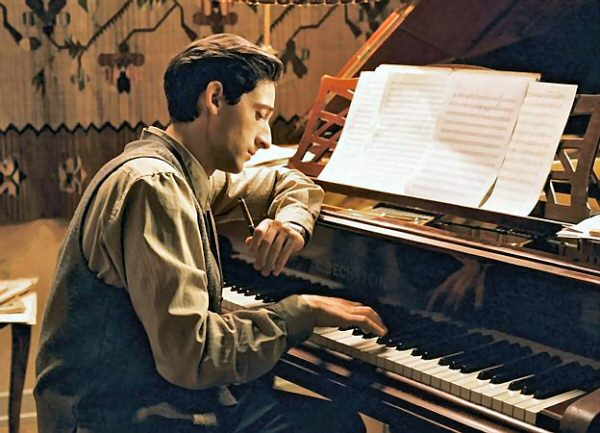 21 Random Interesting ... Adrien Brody Pianist